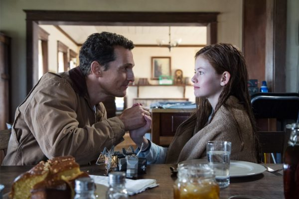 interstellar-film-still-cooper-daughter