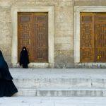 La straniera. Politica e poetica delle donne arabe